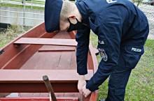 Dwaj osiemnastolatkowie przyłapani na kradzieży złomu i łodzi