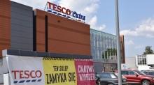 Całkowita wyprzedaż w Tesco Extra w Suwałkach. Carrefour zamiast Netto [zdjęcia]
