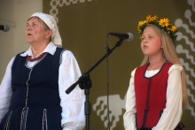 elzbieta_nietubyc_i_sandra_bordzio,_xxi_jarmark_folkloru,_fot._zbigniew_stelmaszek_(48)_.jpg