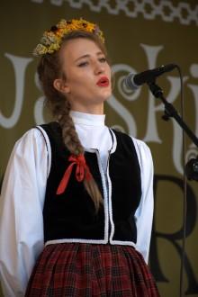 natalia_boltralik,_xxi_jarmark_folkloru,_fot._zbigniew_stelmaszek_(116)_.jpg