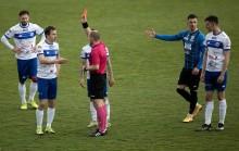 Wigry Suwałki – Hutnik Kraków 0:1. Czerwona kartka, kuriozalny gol i frustracja [wideo, zdjęcia]