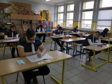 Pan Tadeusz i Józef Tischner. Uczniowie ósmych klas pisali próbny egzamin z języka polskiego