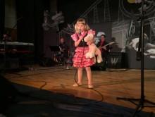 Czteroletnia Maja z Suwałk na muzycznym podium