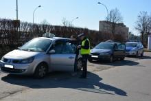 Policjanci sprawdzali taksówki