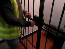 Dwóch poszukiwanych mężczyzn trafiło do aresztu