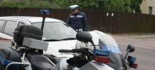 Prawie 240 kontroli, wypadek i wyprzedzające ciężarówki. Suwalscy policjanci podsumowali weekend