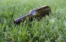 Pijany grzybiarz zatrzasnął się w bagażniku