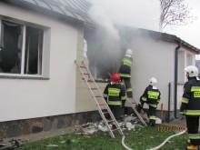 Pożar domu w Szurpiłach [zdjęcia]