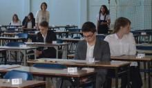 Krzyżacy i ciekawość - rozpoczęły się egzaminy gimnazjalne [wideo]