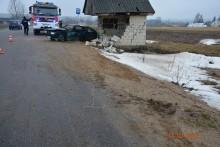 Pijany kierowca uderzył w przystanek