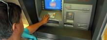 Złodzieje bankomatowi wciąż nieuchwytni, ale banki oddają pieniądze
