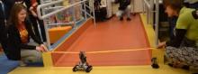 Robot otworzył biblioteczne Midi Centrum. Nie ma tam żadnej książki [zdjęcia]
