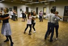 Salsa, walc, modern i inne. Mikołajkowy Maraton Taneczny w Suwałkach [zdjęcia]