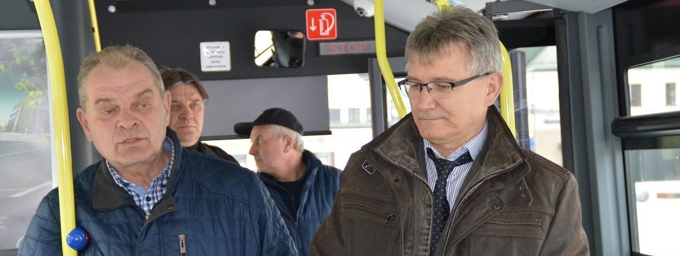 Komunikacja miejska. Po Suwałkach jeździ 35 autobusów. Będzie trzydziesty szósty? [zdjęcia]