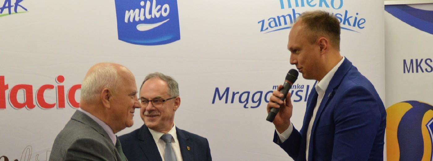 Mlekpol Grajewo wspiera Ślepsk Malow Suwałki. Są pieniądze i uśmiech, będzie impreza na 3000 osób?