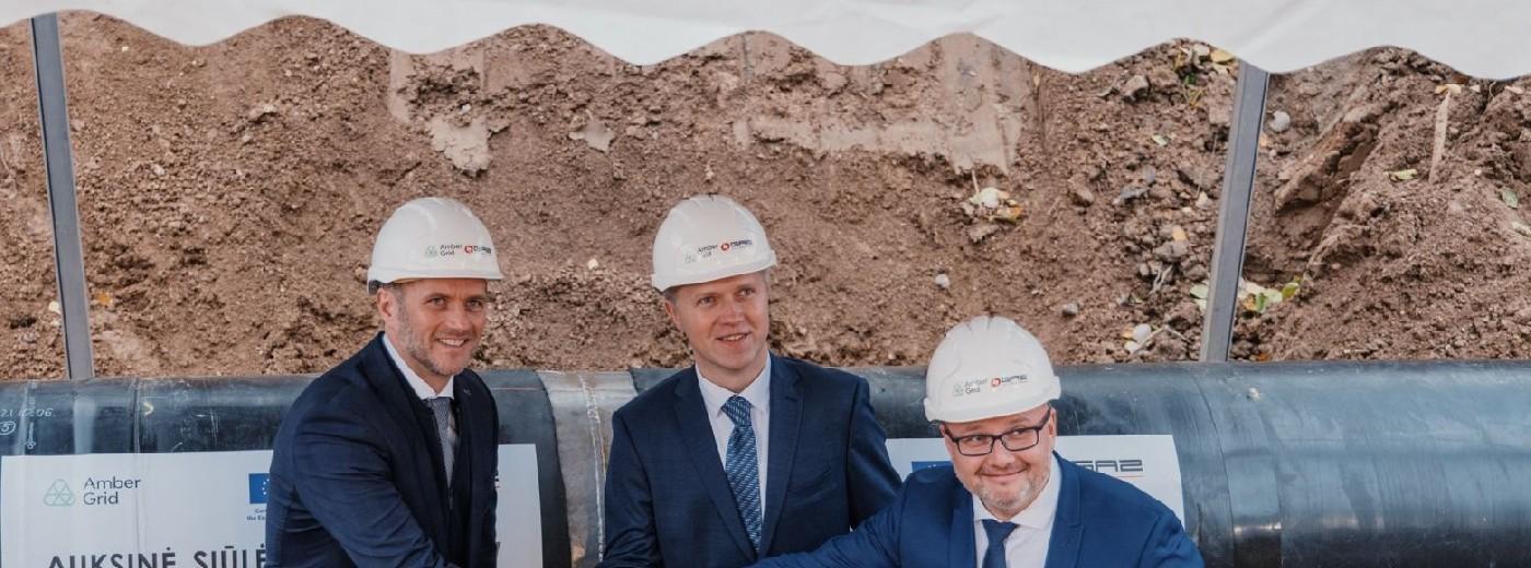 Gazociąg Polska - Litwa ma ruszyć za rok. Ministrowie przy złotym szwie
