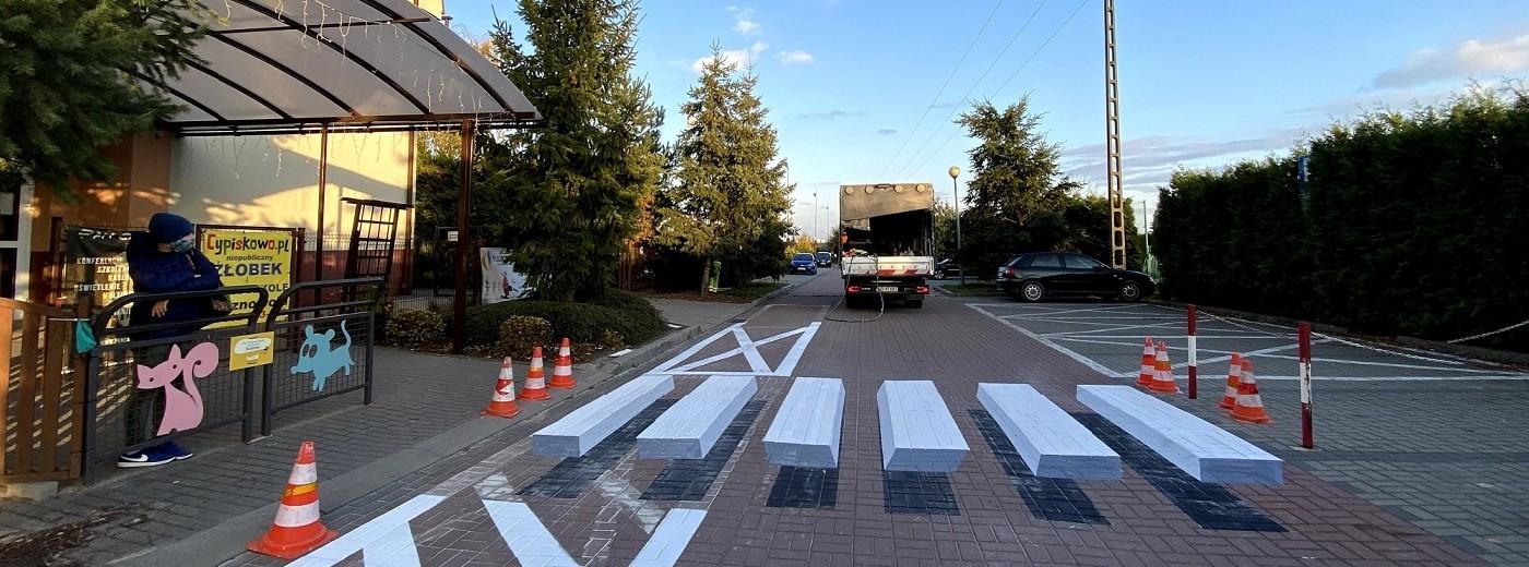 Pasy na przejściu dla pieszych 3D. Czy się sprawdzają?