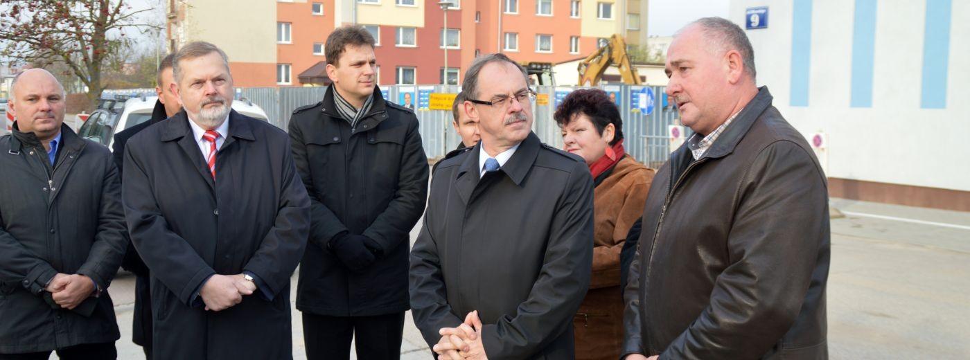 Prezydent na  przebudowywanej ulicy Młynarskiego [zdjęcia]